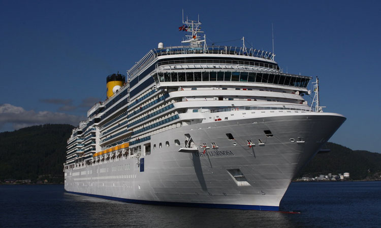 Costa Luminosa was due to arrive in Dubrovnik on the 24th of March