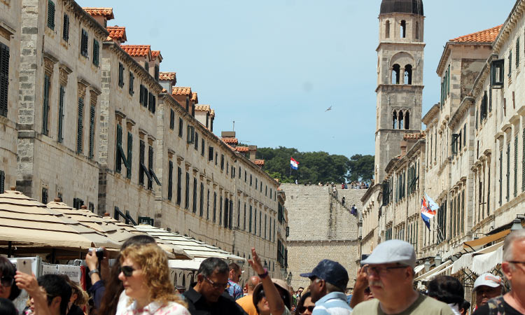 busy stradun in may 2018