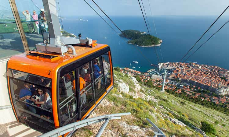 cable car dubrovnik winter