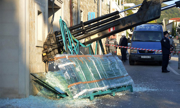 crane collapse dubrovnik