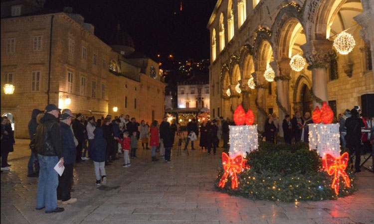 fourth candle lit in dubrovnik advent