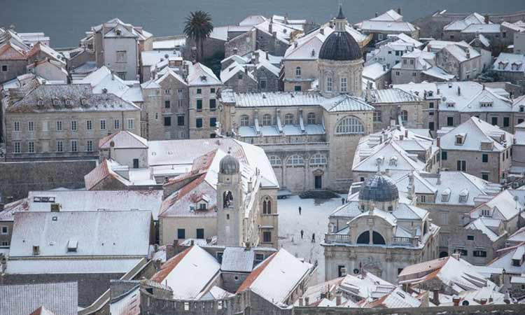 snow in old city of dubrovnik 2018 22