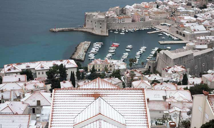 snow on roofs of dubrovnik 2018 99