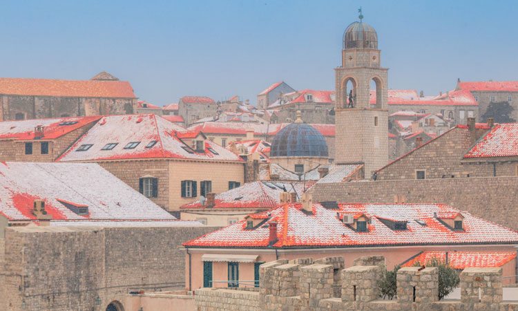snow on the roofs of dubrovnik 2018 11