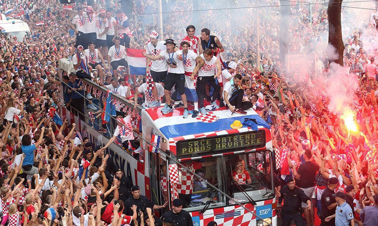 vatreni 2018 on bus