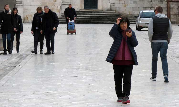 winter tourist in dubrovnik 2018