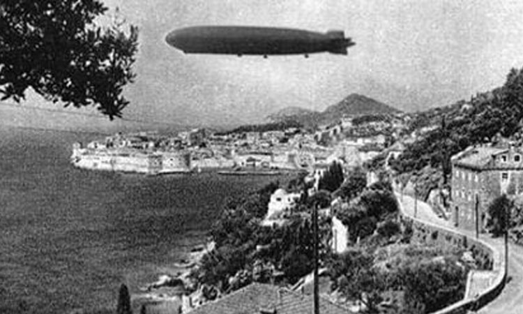 zeppelin over dubrovnik