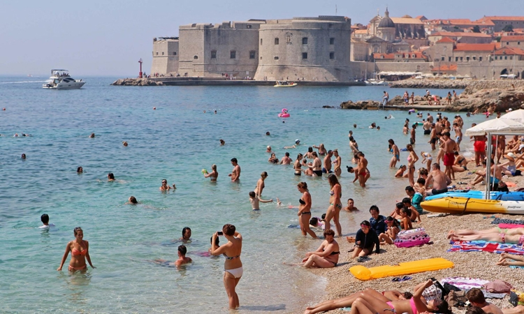 Heat wave to bring blazing temperatures to Dubrovnik this weekend