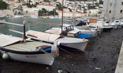 More pollution in Dubrovnik harbour