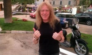 Iron Maiden guitarist enjoys a break in Cavtat