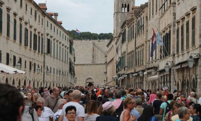 PHOTO GALLERY: Busy Friday in Dubrovnik