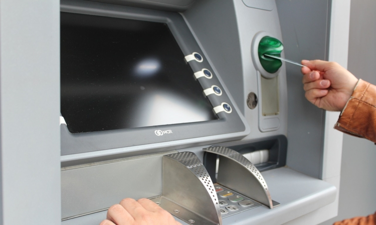 Device that reads bank card data found at the ATM in Dubrovnik