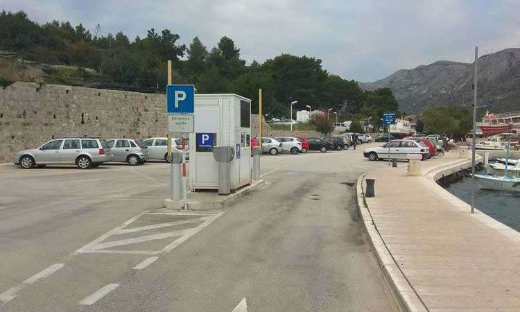 Park for free in Cavtat this winter