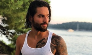 Maluma arrives in Dubrovnik with Cuban-Croatian model girlfriend