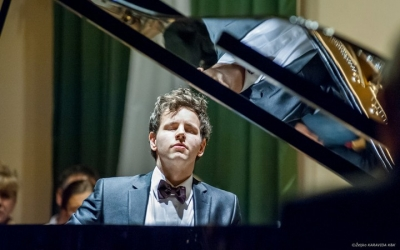 Dubrovnik musical spring starts with pianist Aljosa Jurinic