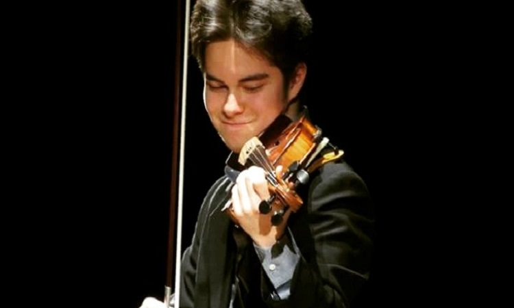 Luka Ljubas, the winner of this year's International Violin Competition Vaclav Huml
