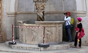Broken fountain to be fixed this week