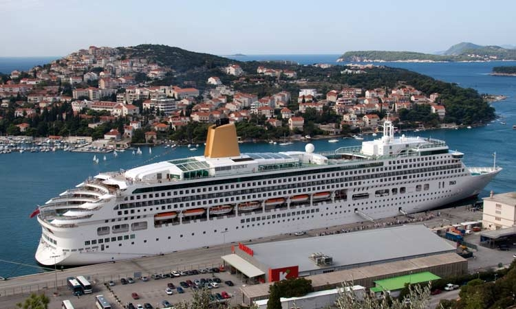 End to cruise ship crush in Dubrovnik?