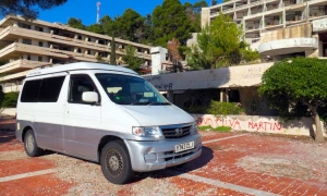 British traveler visit abandoned sites in Dubrovnik