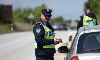 Crackdown on drivers using mobile phones