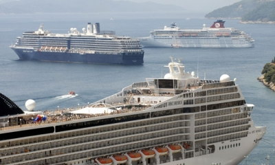 Cruise ship crunch this weekend