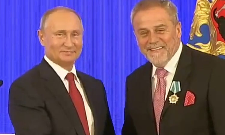 Zagreb Mayor awarded by Vladimir Putin