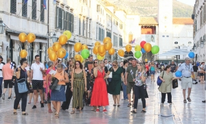 Women's Bank Walk in Dubrovnik collects 50 percent more donations