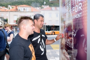 Coca Cola is really into Dubrovnik: push the button and see what happens