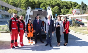 New ambulance handed over to County Emergency Medicine Institute in Dubrovnik
