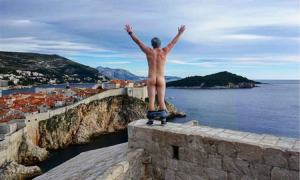 """Naked in Dubrovnik – """"butt"""" he left his hat on"""