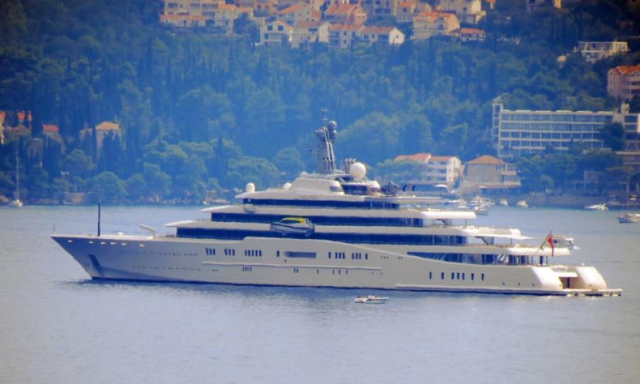 Roman Abramovich Cruising On 400 Million Mega Yacht In Dubrovnik