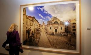 PHOTO GALLERY - Exhibition 'Vanishing Point' by Ahmet Ertuğ opens in Dubrovnik