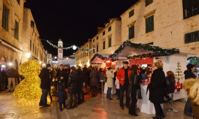 End of the festive stands on the Stradun