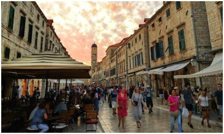 Dubrovnik welcomed 12 percent more tourists than last year