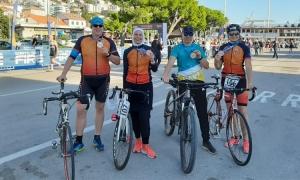Muslim Woman Completes Dubrovnik Triathlon in a Hijab