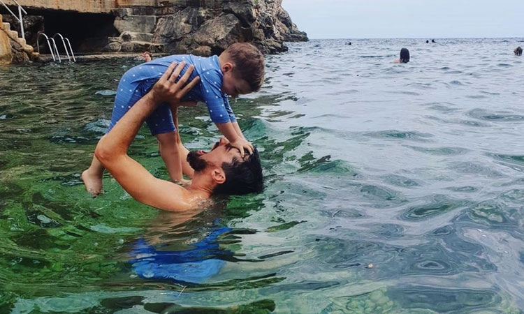 2Cellos Luka Šulić having father and son time in Dubrovnik