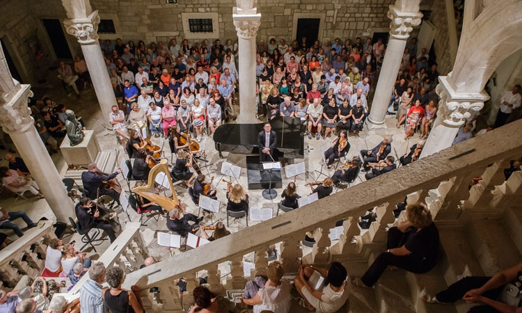 Let the music play this October - Dubrovnik Symphony Orchestra