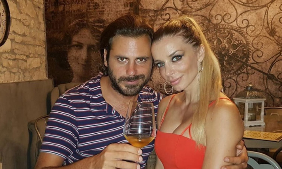 2Cellos heartthrob romantically involved with stunning blonde model
