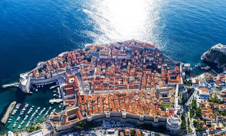 Amazing detail of Dubrovnik in the winter