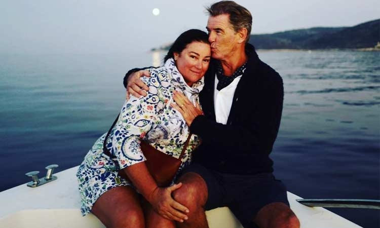 Keeley Shaye Smith enjoys a romantic moment with Pierce Brosnan in Croatia