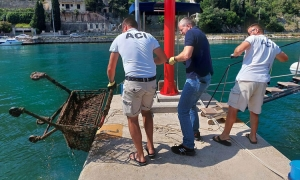 Seabed in ACI marina Dubrovnik cleaned by local diving centres