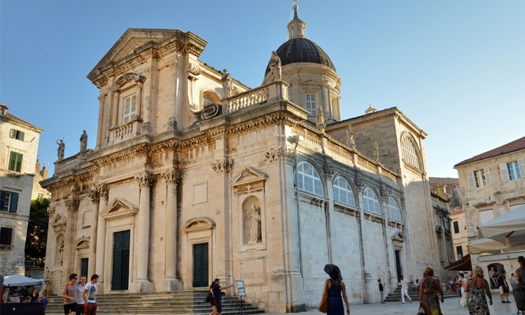 The most beautiful arias to be performed in front of the Dubrovnik Cathedral