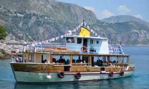 First Lokrum ferry on the season