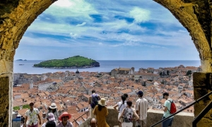 There are around 33 thousand tourists in Croatia right now