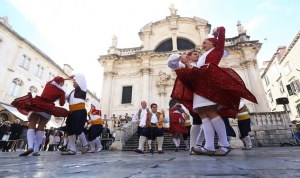 Lindo brings a musical walk through Croatia
