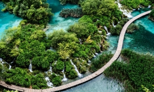 Ryanair adds Plitvice Lakes on the list of 12 incredible places to see this summer