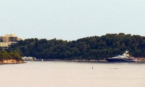 Million dollar a week mega yacht arrives in Cavtat
