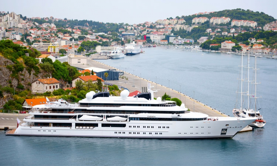 Super Yacht Worth 300 Million Docks In Dubrovnik The Dubrovnik Times