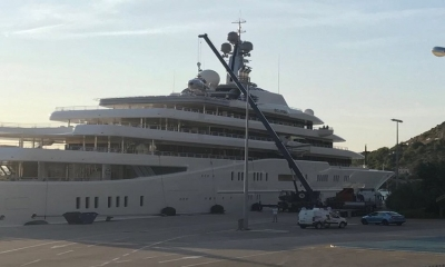 VIDEO - Helicopter removed from Abramovich's Eclipse