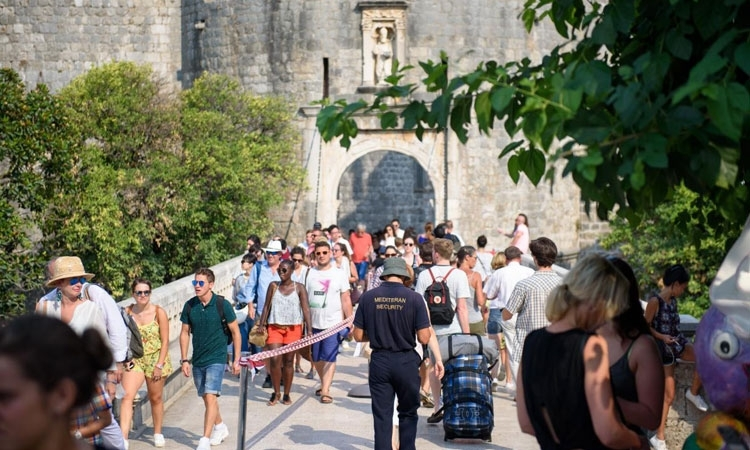 OVERTOURISM: Dubrovnik in the top three cities with the highest number of tourists per capita